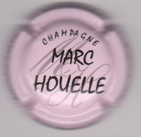 Capsule Champagne HOUELLE Marc ( 16a , Rose Pâle Et Noir ) {S04-19} - Champagne