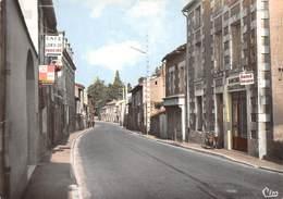 D-19-586 : SAINT JULIEN L'ARS. ROUTE DE CHAUVIGNY. - Saint Julien L'Ars
