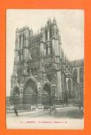 CPA FRANCE 80  ~  AMIENS  ~  72  La Cathédrale  ( C. N.  14/18  F.M. )  Animée - Amiens