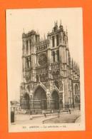 CPA FRANCE 80  ~  AMIENS  ~  215  La Cathédrale  ( LL )  Animée - Amiens