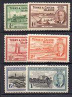 TURKS EY CAIQUES  ( POSTE ) : LOT  DE  BON  TIMBRES  NEUFS  AVEC  TRACE  DE  CHARNIERE . - Turks & Caicos (I. Turques Et Caïques)