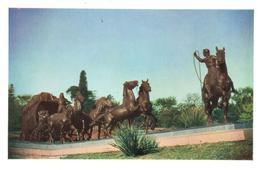 POSTAL   MONTEVIDEO  -URUGUAY  - MONUMENTO A LA DILGENCIA - Uruguay