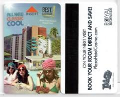 Plaza Las Vegas - The Pool --2260   Hotel Room Keycard, Room Keys, Hotelkarte, Clef De Hotel - 2260 - Cartes D'hotel