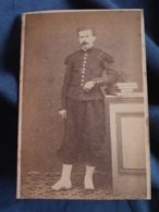 Photo CDV  Sans Mention Photographe  Militaire : Infanterie  Bonnet De Police  Second Empire - L420 - Old (before 1900)