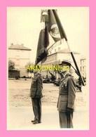 PHOTO  Caserne De HYERES  Le 4 /12/1955 Prise D Armes  Pour La Prise De Commandemment Du 405 R.A.A  Par Le Colonel PRIGE - Guerra, Militari