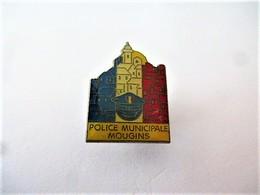 PINS POLICE MUNICIPALE MOUGINS 06 ALPES MARITIMES / 33NAT - Police