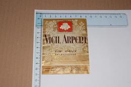 Vieil Arpent Vin Vieux Sélectionné Dubonnet - Byrrh 68 Cl - Etiquettes