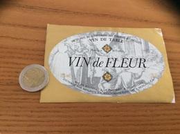 Etiquette «VIN DE TABLE - VIN De FLEUR - CROUSEILLES - MENJUCQ - MORLAAS (64)» - Blancs