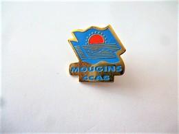 PINS VILLES ET VILLAGES MOUGINS CCAS / 33NAT - Cities
