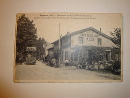 01 Neyron Gros Plan Animé Tramway Restaurant Abry - Autres Communes