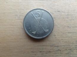 Ile De Man  5  Pence  1994 Aa  Km 392 - Monnaies Régionales
