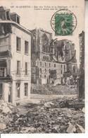 02DB01Q637 CPA 02 - 637. SAINT QUENTIN    RUE DES TOILES ET LA BASILIQUE    V 1924 - Saint Quentin