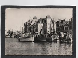 Le Croisic 44 - Port De Pêche Bâteaux Chalutiers -les Commerces - Cpsm Grd Format Année1961 - Le Croisic