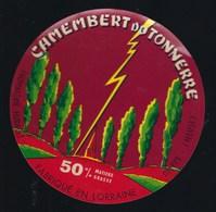 Etiquette Fromage Camembert Du Tonnerre Fabriqué En Lorraine  Hurault Dieppe Meuse 55 - Fromage