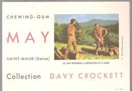 Buvard MAY Chewing-gum à Sait Maur (Seine) Collection Day Crockett N°30 Construction De La Cabane - Cake & Candy