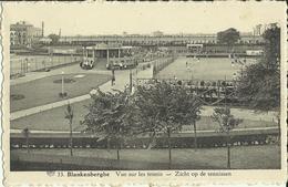 Blankenberghe -- Vue Sur Les Tennis.   ( 2 Scans ) - Blankenberge
