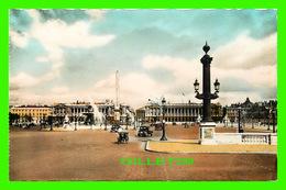 PARIS (75) - PLACE DE LA CONCORDE -  ANIMÉE, TRICYCLE & VIEILLE VOITURES - ÉDITIONS U.A.T. - - Places, Squares