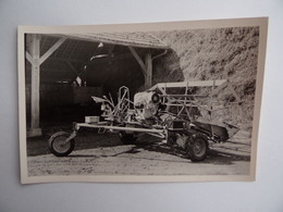 Photo Ancienne D'une MACHINE AGRICOLE Faucheuse/Lieuse Dans La Région De NANGIS 77 Agriculture Paysan Céréalier Ferme - Berufe