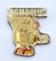 Pin's DOMOCLIC - Souris D'ordinateur Personnifiée Sur Patins à Roulettes - Leterrier - H557 - Trademarks