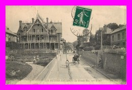 Les Petites Dalles * La Grande Rue Vers La Mer     ( Scan Recto Et Verso ) - Autres Communes