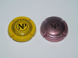2 Capsules De Champagne - NICOLO Et PARADIS   N°4 Et 5 - Champagne