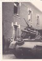 80 Ugny L' Equipée Premier Chars De La Libération Aout 1944 - Historical Documents