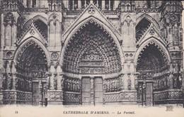 80----CATHEDRALE D'AMIENS---le Portail---voir 2 Scans - Amiens