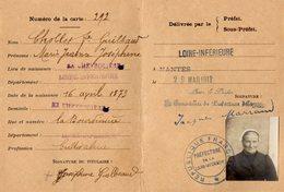 VP14.315 - MILITARIA - NANTES 1918 - Carte De Circulation Avec Photo - Mme CHOBLET Vve GUILBEAUD à LA CHEVROLIERE - Documents