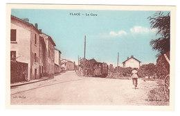 Flacé Les Macon  La Gare Train Animée  Saône Et Loire - Autres Communes