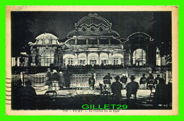VICHY (03) - LE CASINO VU LA NUIT - TRÈS ANIMÉE - CIRCULÉE EN 1933 - EDIT. LA CIGOGNE - COLLECTION FAURE, COUTELLERIE - - Vichy