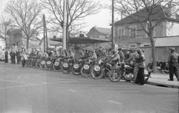 GUEUX COURSE DE MOTO TIRAGE MODERNE D APRES NEGATIF DES ANNEES 50                       JLM - France