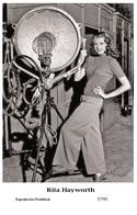 RITA HAYWORTH - Film Star Pin Up PHOTO POSTCARD - 7-793 Swiftsure Postcard - Entertainers