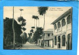 CONGO BELGE-KINSHASSA+Avenue Renkin-la Librairie-propriétaire Devant  La Porte-années 20-30 édition  Librairie Royale - Kinshasa - Léopoldville