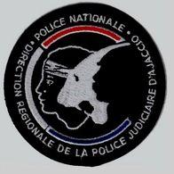 ECUSSON TISSUS PATCH POLICE NATIONALE DCPJ DRPJ DE CORSE SECTEUR AJACCIO ETAT EXCELLENT SUR VELCROS - Police & Gendarmerie