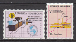 1977 Dominican Republic  Statistics Computers Graphs Complete Set Of 2 MNH - Dominicaine (République)