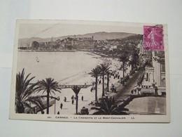 F4  CANNES La Croisette Et Le Mont Chevalier  Vue Generale Du Port  2 CARTES - Cannes