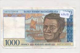 Numismatique -B3494- Madagascar -1000 Francs ( Catégorie,  Nature état ... Se Référer Au Double Scan) - Banconote