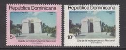 1986 Dominican Republic Independence  Complete Set Of 2 MNH - Dominicaine (République)