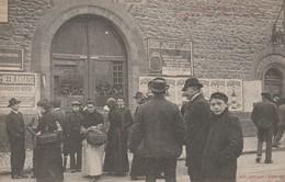 Rare Cpa Grève De Limoges 18 Avril 1905 Portail De La Prison Défoncé Par Les Grévistes - Limoges