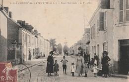 Rare Cpa Lambert Du Lattay Route Nationale Très Animée - France