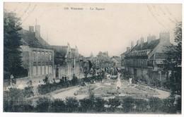 Vierzon - Le Square, Animated Scene, ± 1910 - Vierzon