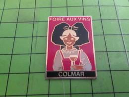 416B Pin's Pins / Beau Et Rare : Thème BOISSONS / FOIRE AUX VINS COLMAR ALSACE - Boissons
