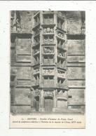 Cp , 58 , NEVERS , Escalier D'honneur Du Palais Ducal Décoré De Sculptures.... ,  Vierge , N° 15 - Nevers