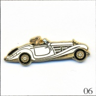 Pin's - Automobile - Mercedes 500 K Roadster - Blanc-Parebrise Bleu Ciel. Est. Arthus Bertrand Paris. Zamac. T191-06 - Mercedes