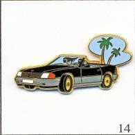 Pin's - Automobile - Mercedes 500 Décapotable - Noir/gris-Parebrise Bleu Ciel. Est. Arthus Bertrand Paris. T191-14 - Mercedes