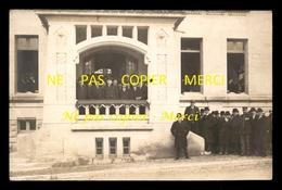 51 - SERMAIZE-LES-BAINS - A LA MAIRIE 1927 ? - PHOTO A. POUSSY - CARTE ENVOYEE PAR LE MAIRE MR FERIN - CARTE PHOTO - Sermaize-les-Bains