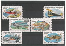 CAMBODGE  Avions Anciens Année  1996 N° Y/T : 1382L/1382R** - Cambodge