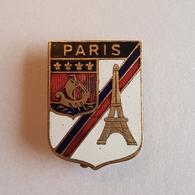 OLD COAT OF ARMS CITIES PARIS FRANCE PIN BADGE - Villes