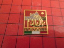 513d Pin's Pins / Beau Et Rare / THEME VILLES : VENISE VENEZIA LAGUNE GONDOLE ST MARC - Cities