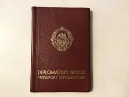 PASSPORT   REISEPASS  PASSAPORTO   PASSEPORT DIPLOMATIQUE  VISA 1967. : SUISSE , UK , ESPANA , USA , - Historische Dokumente